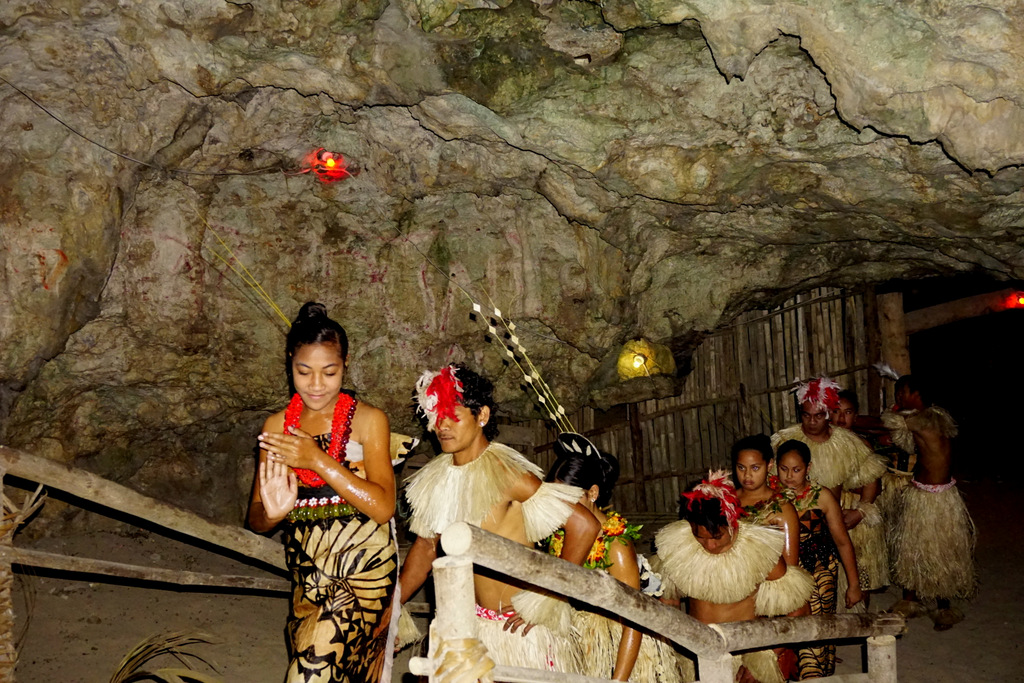 4. Cultuur in Tonga Foto Amrish Baidjoe