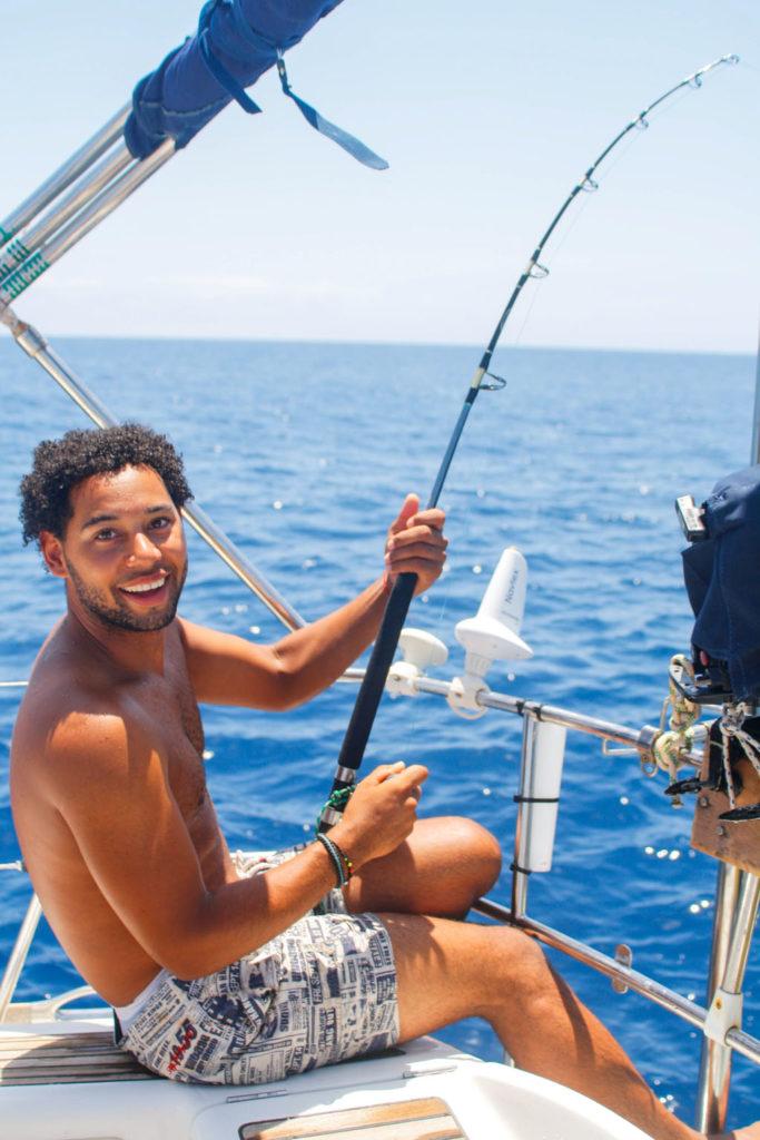 Josh aan het vissen